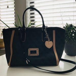 Guess Women's Medium Black Classic Tote Handbag